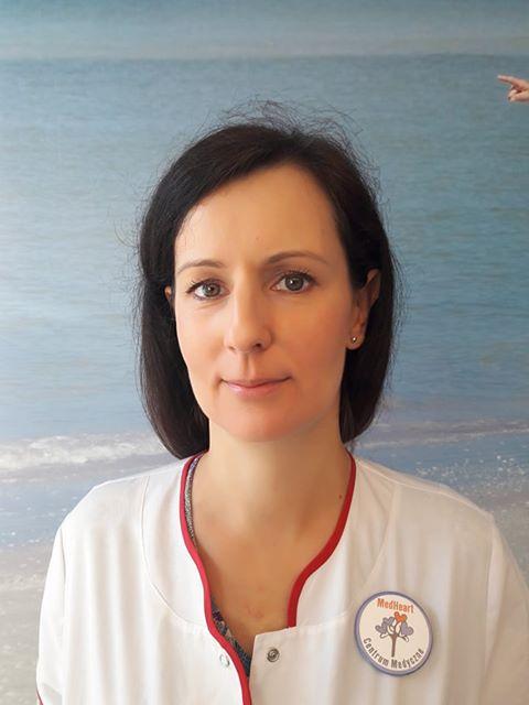 Dr Karolina